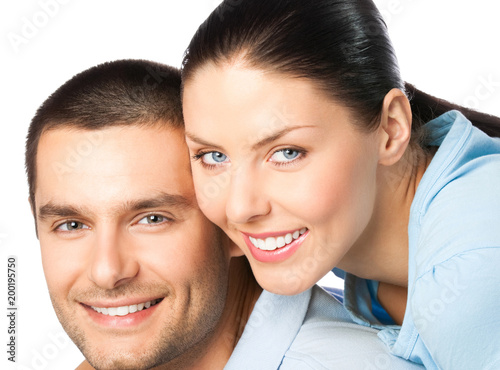 Papiers peints Statue Portrait of young happy smiling attractive couple, isolated on white background