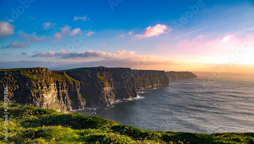 Photo Stands Black Cliffs of Moher
