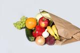 Fototapeta Fototapety do kuchni - Warzywa i owoce w torbie