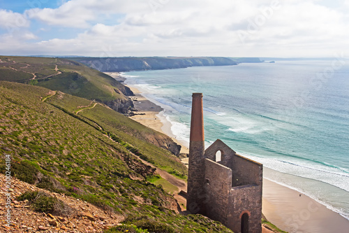 Fotomural Cornish coast with abandoned tin mine