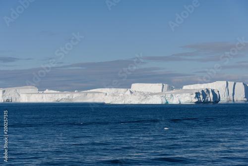 Tuinposter Antarctica Tabular iceberg in Antarctica