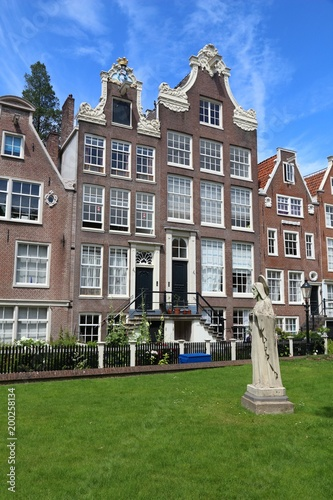 Photo  Begijnhof in Amsterdam