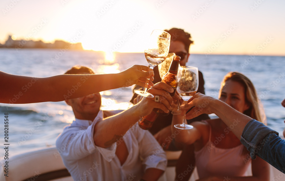 Fototapety, obrazy: Sunset boat party with drinks