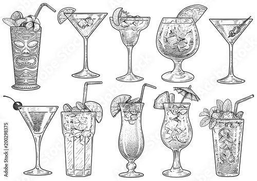 Cocktail illustration, drawing, engraving, ink, line art, vector Fototapete