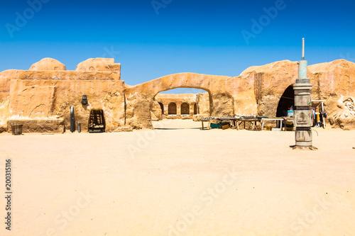 Staande foto Historisch geb. Set for the Star Wars movie still stands in the Tunisian desert near Tozeur.