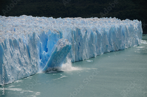 Fotografia Ice Calving at the Perito Moreno Glacier