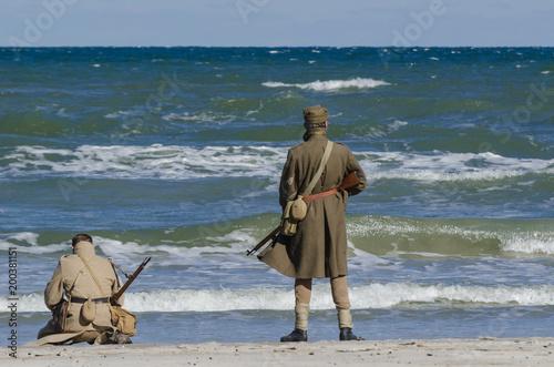 STAGOWANIE BITWY DLA KOLOBRZEGA - polskich żołnierzy nad brzegiem morza