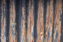 The Texture Of Rusty Wavy Meta...