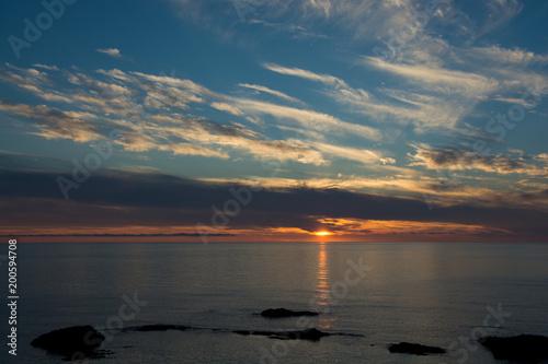 Foto op Plexiglas Groen blauw 静かな海の夕暮れ