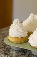 Vanilla Cupcakes With Vanilla ...