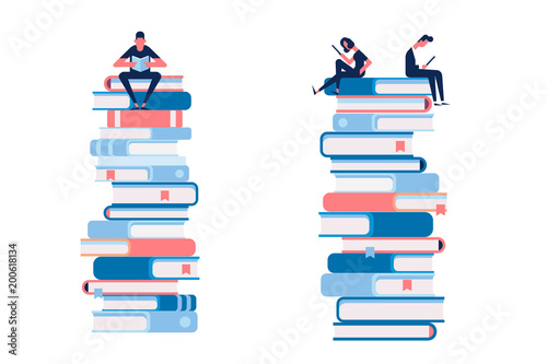 Fotografía  Man and woman reading books sitting on large stack of books