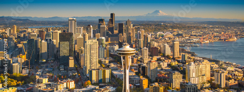 Obraz Seattle and Mt. Rainier - fototapety do salonu