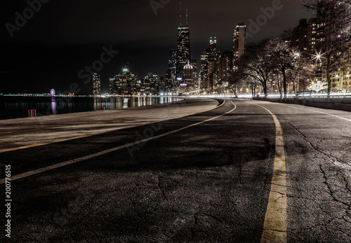 Plakát  The night skyline of Chicago from North Ave Beach