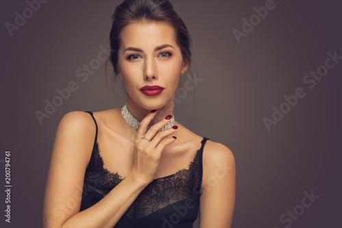 Vászonkép  Beautiful model girl with elegant hairstyle
