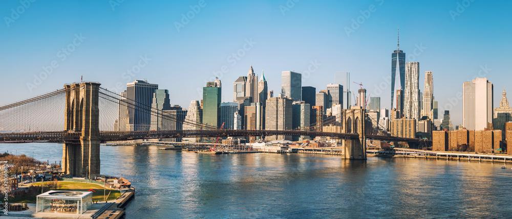 Fototapety, obrazy: Brooklyn bridge and Manhattan at sunny day, New York City