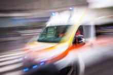 Ambulanza In Urgenza