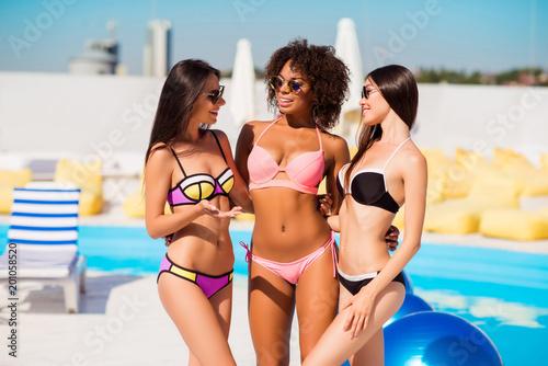 sexy naked sri lankan girls