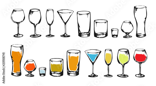 Fototapeta Drawing alcohol drinks collection for design. Set of alcohol glasses. Colorful sketch of alcohol. Illustration for bar, restaurant, cafe, night club. obraz