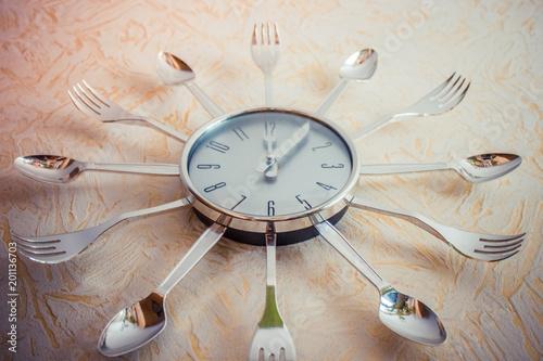 Fotografie, Obraz Twelve o'clock, dinner.