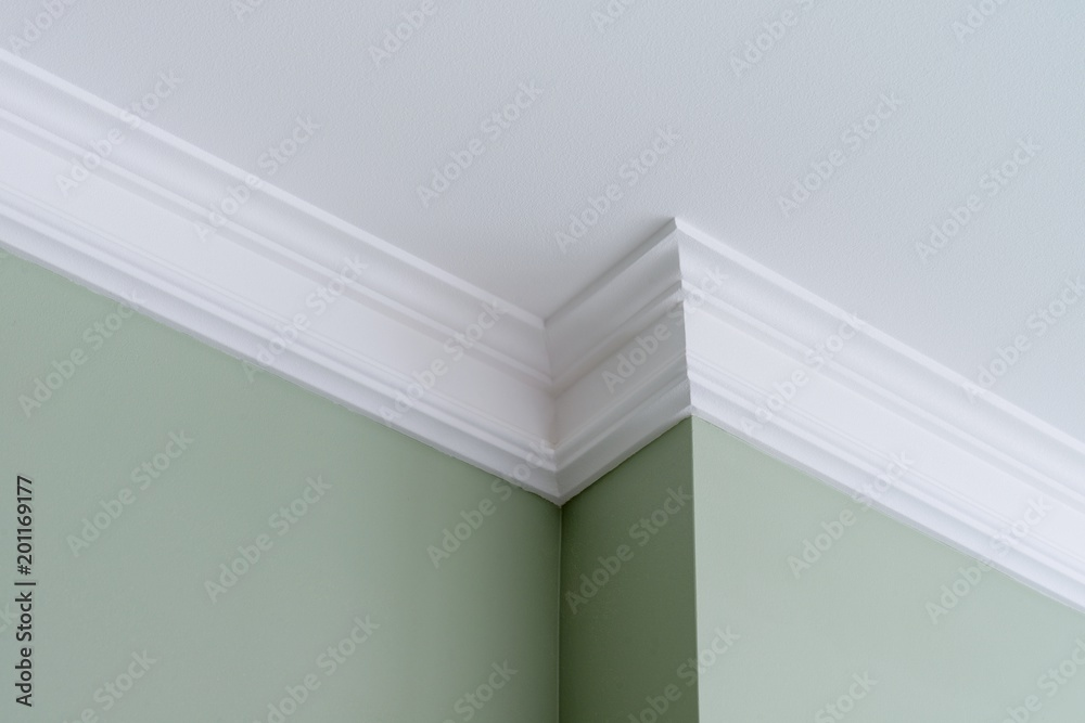 Fototapety, obrazy: Ceiling moldings in the interior, intricate corner