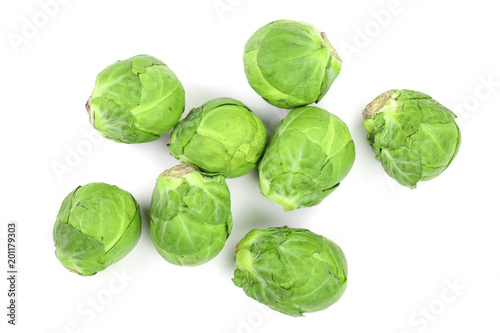 Papiers peints Bruxelles Brussels sprouts isolated on white background closeup. Top view. Flat lay