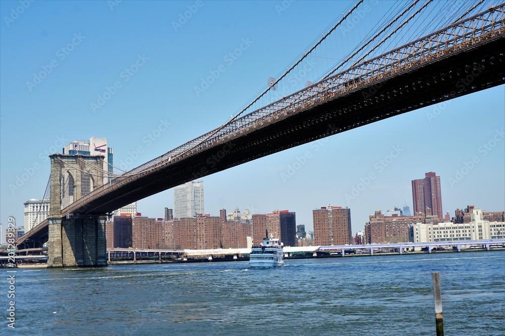Photo & Art Print New York City - Brooklyn Bridge in Early Spring ...