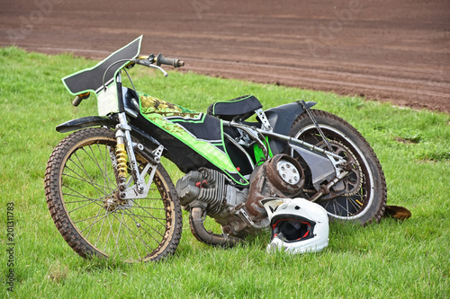 Fotografía  Motorcycle speedway bike on the grass