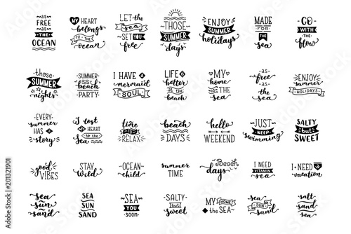 Fotografia  Vector hand-drawn illustrated lettering quotes about sea / ocean.