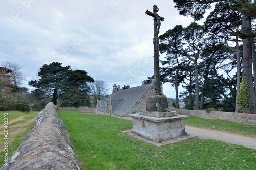 Keuken foto achterwand Monument La chapelle de Port-Blanc et son calvaire. Bretagne