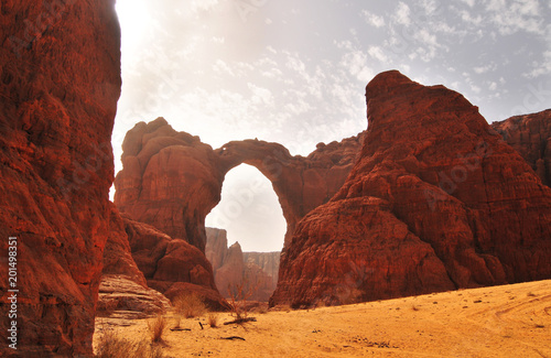 Canvas-taulu Arch of Aloba in  desert of Ennedi, Chad