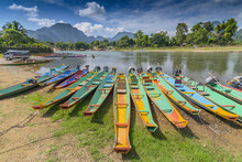 Long Tail Boats On Song River ...
