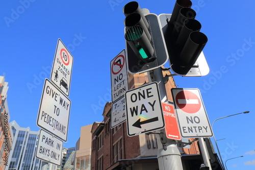 Obraz na płótnie Traffic sign in downtown Sydney Australia