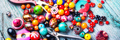 Fotografie, Obraz Making jewelry of beads