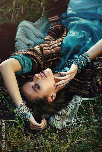Poster Gypsy sexy lying girl