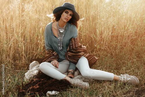 Foto auf Leinwand Gypsy romantic young woman