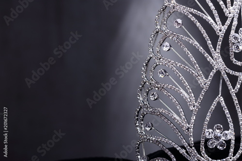 Photo  Diamon Silver Crown for Miss Pageant Beauty Contest, Crystal Tiara decorate