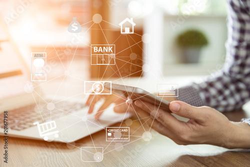 Slika na platnu mobile banking