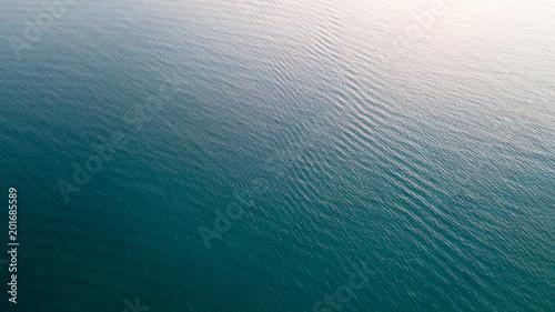 La pose en embrasure Vue aerienne Sea surface aerial view