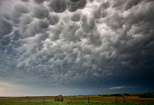 Storm Mammatus Clouds Canada