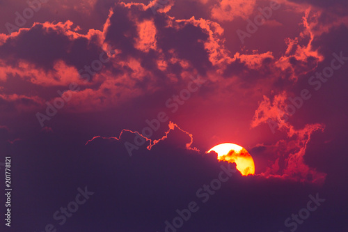 Foto op Plexiglas Crimson colorful dramatic sky with cloud at sunset.