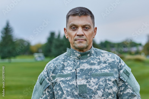 Slika na platnu Portrait of mature caucasian soldier