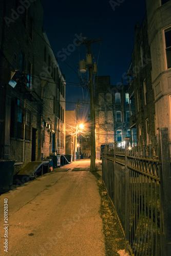 Fototapeten Schmale Gasse Dark and eerie urban city alley at night