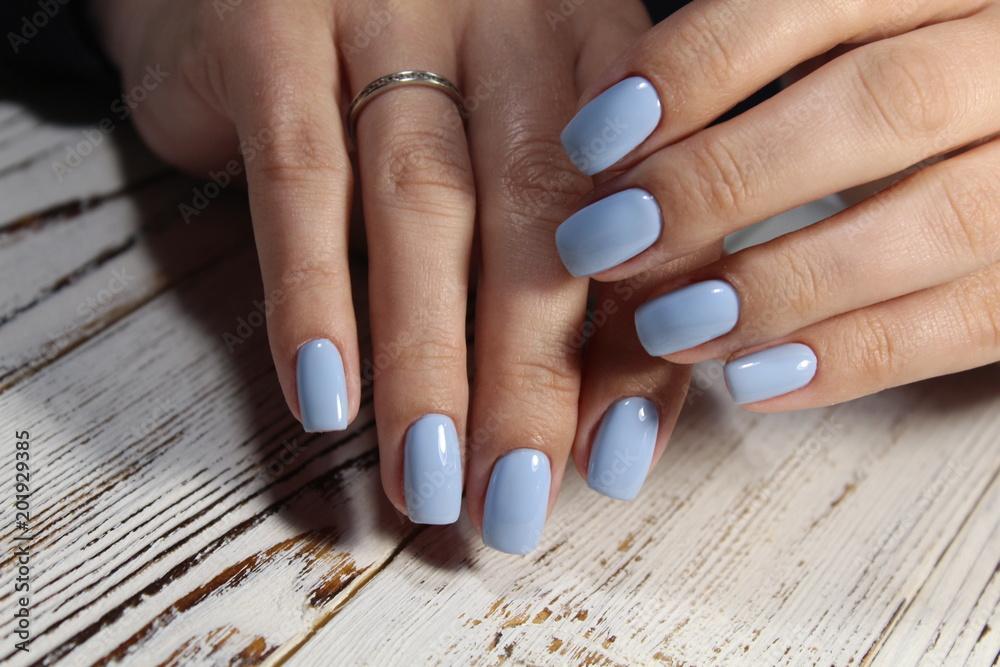 Fototapety, obrazy: glamorous blue manicure