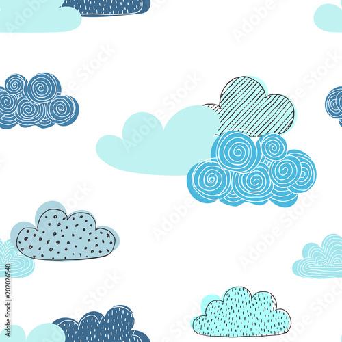 piekny-bezszwowy-wzor-doodle-chmury-zaprojektuj-kartki-okolicznosciowe-i-zaproszenia-na-ubrania-dla-dzieci