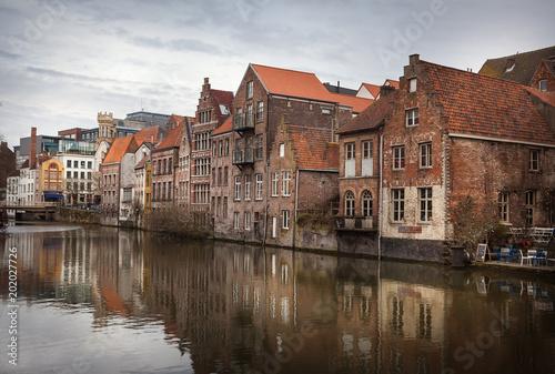 Foto op Plexiglas Stad aan het water Ghent canals, Belgium