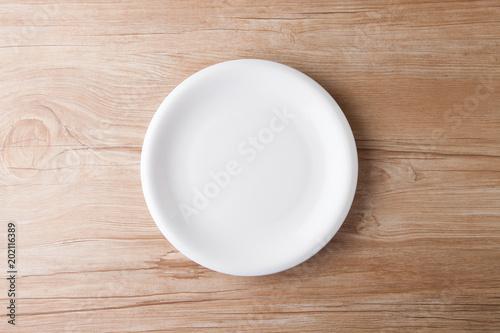 Fotografía  皿のあるテーブルフォト
