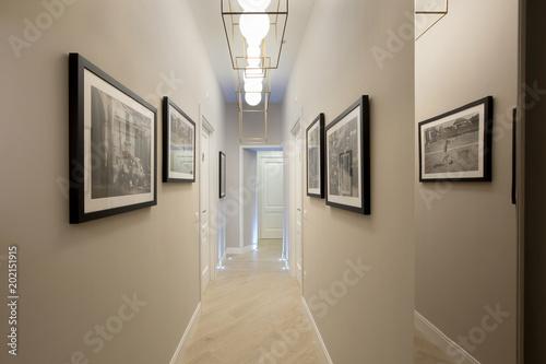 Fotografie, Obraz  Corridor
