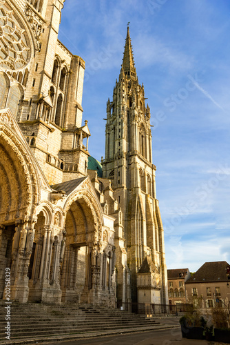 Foto op Plexiglas Noord Europa Chartres, France - May 21, 2017: View to North tower of Chartres Cathedral from North at sunset