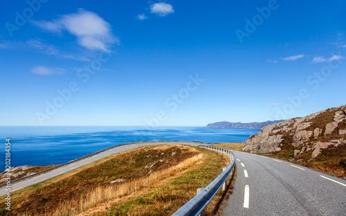 Papiers peints Lieu d Europe Küstenstraße am Atlantik mit Blick auf das Westkap