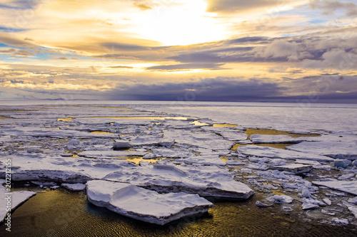 mcmurdo-antarktyda-sunset